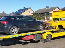 Politie pakt auto af na vondst wietkwekerijen in Meteren
