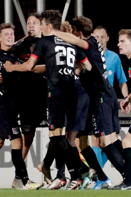 Gelegenheidsspits Kvida pakt voor NEC eerste punt van het seizoen in bizarre slotfase