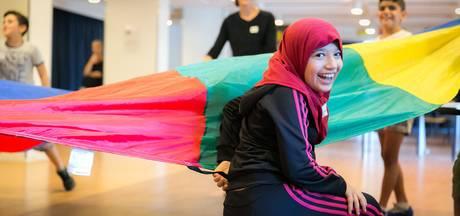 TeamUp helpt azc-kinderen  in Zeewolde met activiteiten