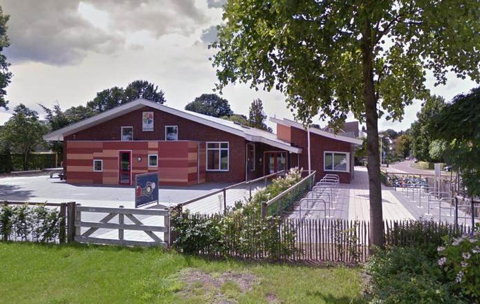 De openbare basisschool Dijkerhoek valt niet langer onder verscherpt toezicht van de onderwijsinspectie.