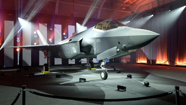 De onthulling van de eerste Nederlandse F35-straaljager. Beeld AP