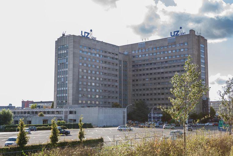 De beklaagde was jarenlang werkzaam als departementshoofd bij het Universitair Ziekenhuis.