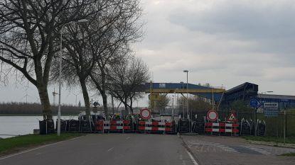 Herstel Westkade Sas van Gent duurt minstens een jaar