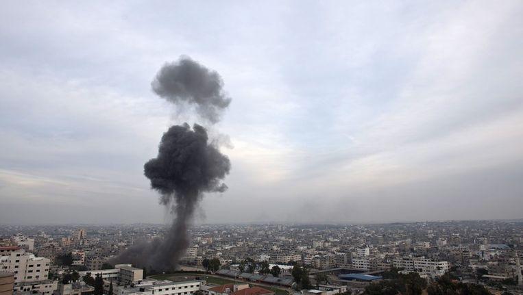 Een Israëlische luchtaanval op Gaza in november vorig jaar, vandaag voerde Israël opnieuw een aanval uit op het Palestijnse gebied, na maanden van relatieve rust Beeld ANP
