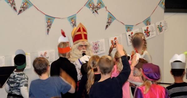 Sinterklaasactie voor minderbedeelde kinderen in Nijverdal