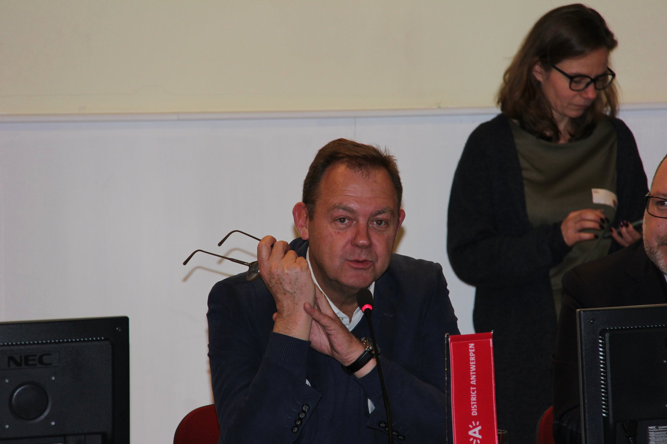 Marco Laenens volgt vanuit het OCMW- en stadsbestuur al vijftien jaar de situatie van vluchtelingen in Antwerpen op.