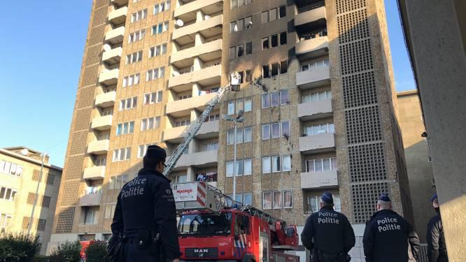 Brand in flatgebouw Marollen mogelijk aangestoken