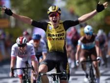 Le Belge Wout Van Aert s'impose au sprint, plusieurs favoris piégés par une bordure