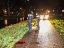 Brommerrijder zwaargewond na aanrijding met hond in Alphen