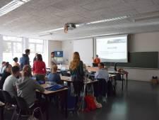 Les volgen tijdens de vakantie is hip: summer school in Antwerpen trekt internationaal publiek