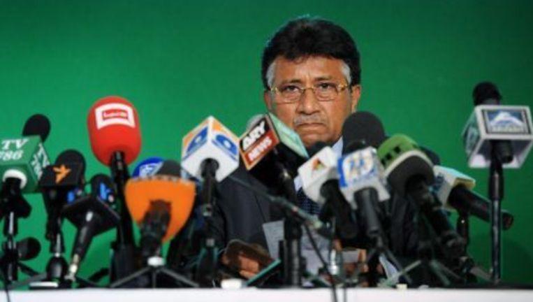 Pervez Musharraf tijdens een persconferentie. © epa Beeld