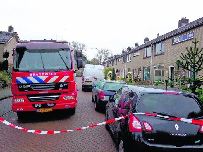 De Doetinchemse brandweer kwam het afgelopen jaar ook in actie voor meldingen van gaslucht, zoals hier in de De Jongstraat. Foto AS Media