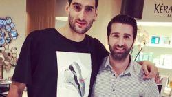 Geen Rode Duivels, wel kappersbezoek: Fellaini verrast fans op social media met nieuwe coupe