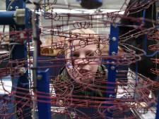 Knikkeren via een koperen wokkel: bedenker kan uren kijken naar 'Marblemonsters'