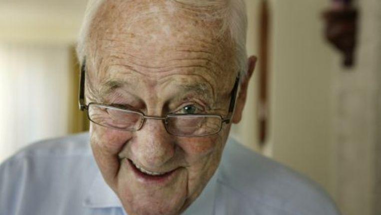 Schrijver Appie (Albert Cornelis) Baantjer is op 86-jarige leeftijd na een kort ziekbed overleden. Foto ANP Beeld