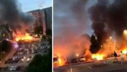 """Gemaskerde jongeren steken tientallen auto's in brand in Zweden: """"Waar zijn jullie mee bezig?"""""""