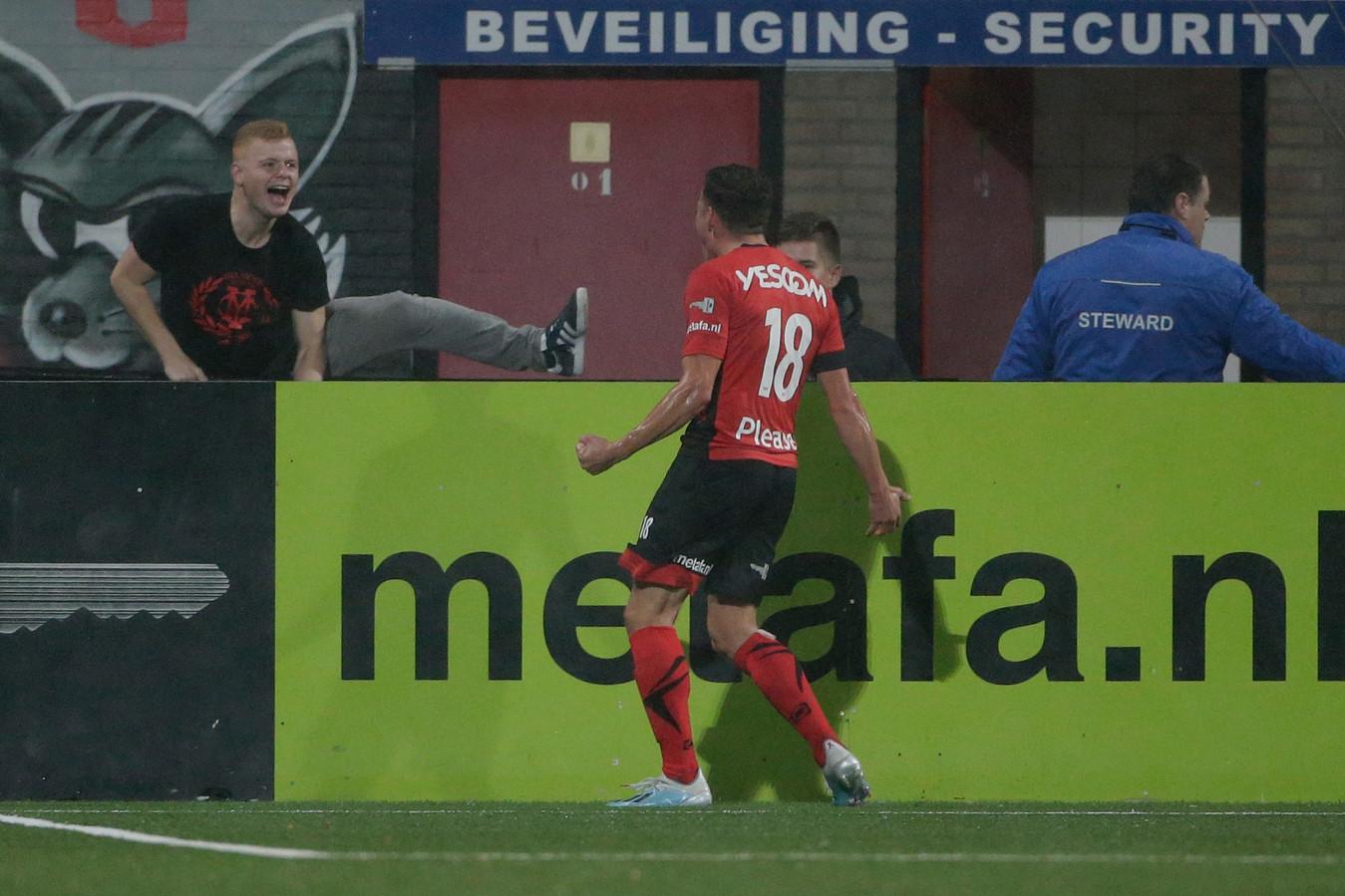 NAC-huurling Diego Snepvangers maakte tegen MVV twee doelpunten.