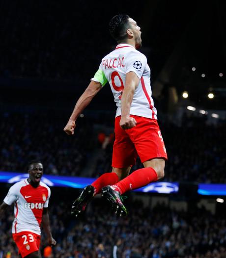 Liefhebbers komen superlatieven tekort na Man City - Monaco