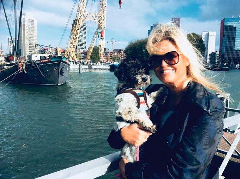 Antoinette Scheulderman en hond Dizzy. Beeld Antoinette Scheulderman