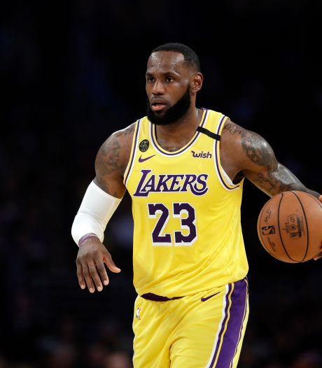 Zeldzaam verzamelkaartje LeBron James brengt 1,6 miljoen euro op
