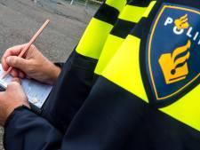 Twaalf boetes voor jongeren in Neder-Betuwe die samenscholen, Rivierenland en Vallei verder rustig