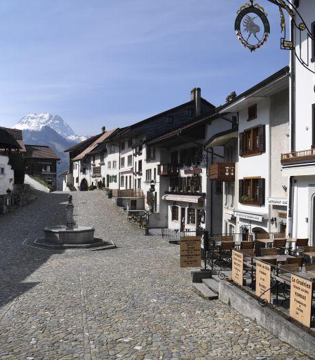 La Suisse n'exclut pas une réouverture de ses restaurants