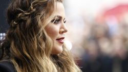Khoé Kardashian twijfelt over achternaam dochtertje na overspel van haar vriend