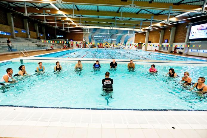 Steeds meer mensen bezoeken de zwembaden van Het Ravijn in Nijverdal, vorig jaar ruim 197.000 keer.