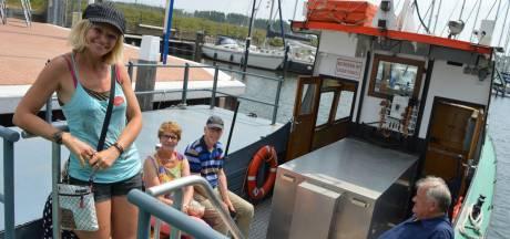 Populaire pontjes Hollandsch Diep blijven in de vaart