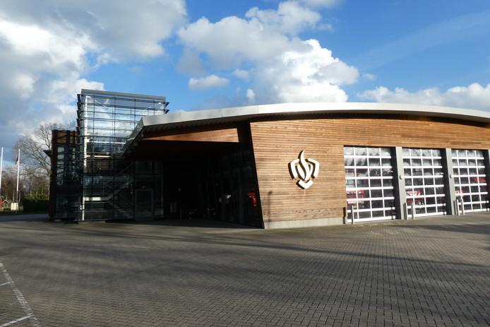 De karzerne in Sint-Michielsgestel. Daar wordt de kantoorfunctie geplitst van de kazerne, zodat de gemeente de kantoorruimte ook als vergaderruimte kan gebruiken voor de gemeente.