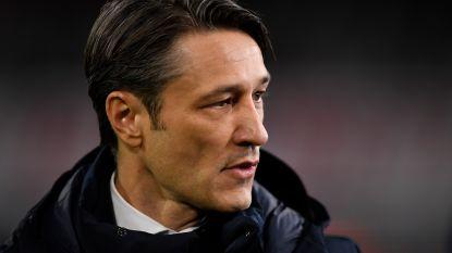 FT buitenland 28/11. Villa verlaat New York - Directie Bayern ontkent contact met Wenger - Barça wéér zonder Umtiti