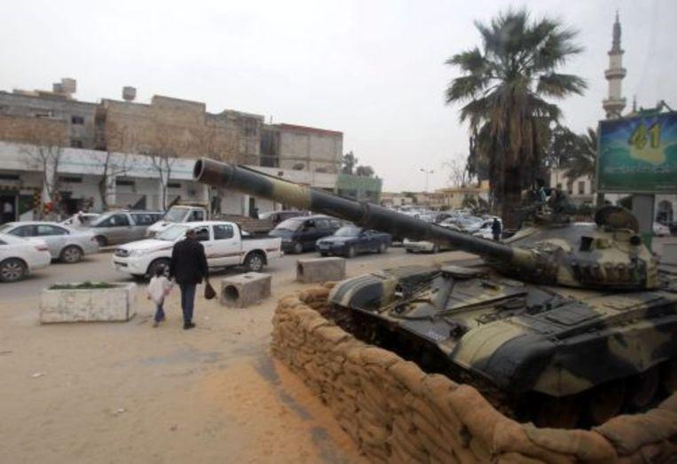 Een tank van het Libische leger. EPA Beeld