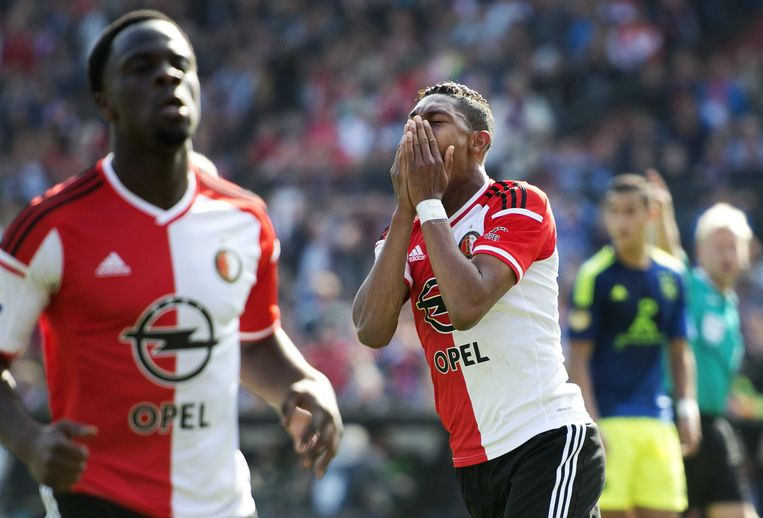 Jean-Paul Boëtius van (M) Feyenoord is teleurgesteld na een gemiste kans in de wedstrijd tegen Ajax. Beeld anp