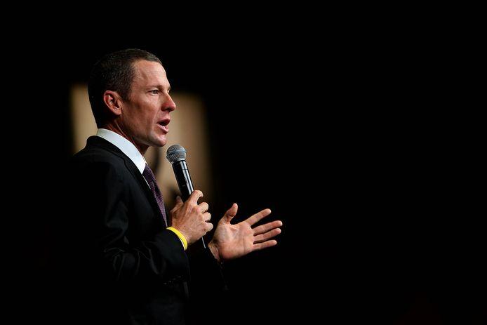 Lance Armstrong biechtte eerder zijn dopinggebruik op bij Oprah Winfrey, maar belooft in de documentaire 'Lance' met de volledige waarheid te komen.