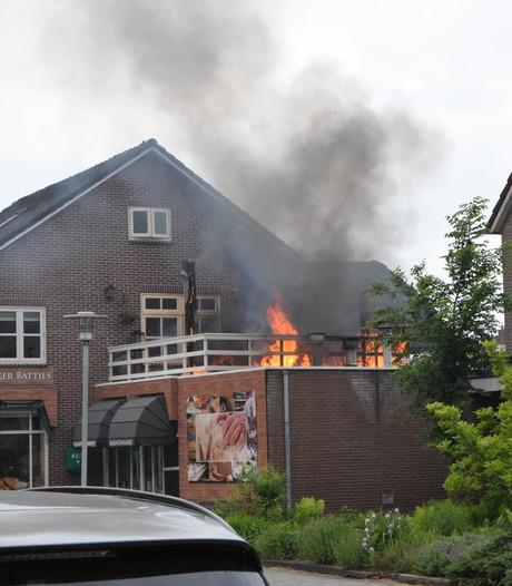 Brand op dakterras van Hardenbergse  bakker