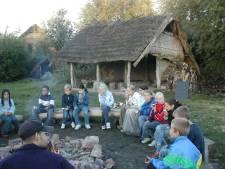 Inbreker steelt melk, kaas en eieren uit prehistorisch kamp Lelystad