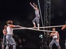 Acrobaten van Ockham's Razor op Circolo: intens gevaarlijk: nee, mooie beelden: ja