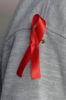 Journée mondiale contre le sida: les jeunes utilisent moins le préservatif qu'avant