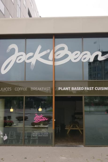 Plantaardig snacken bij Jack Bean op het Weena