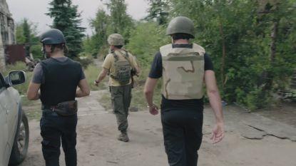 """Tom Waes bezoekt Oekraïne: """"Voor het eerst kogelvrije vest en helm moeten aandoen"""""""
