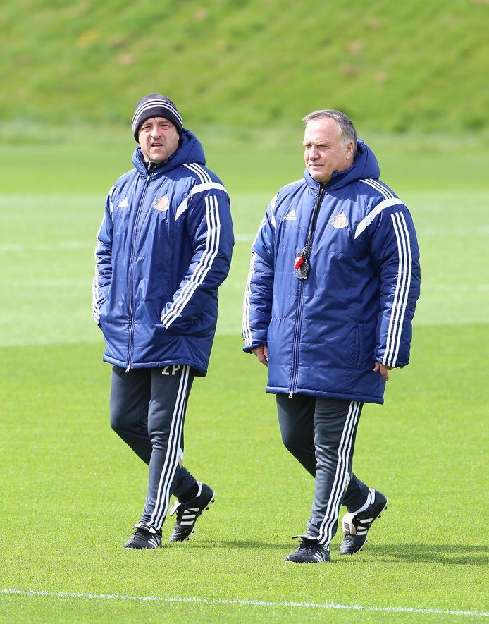 Zeljko Petrovic (l) en Dick Advocaat tijdens hun tijd als assistent-trainer en manager van Sunderland.