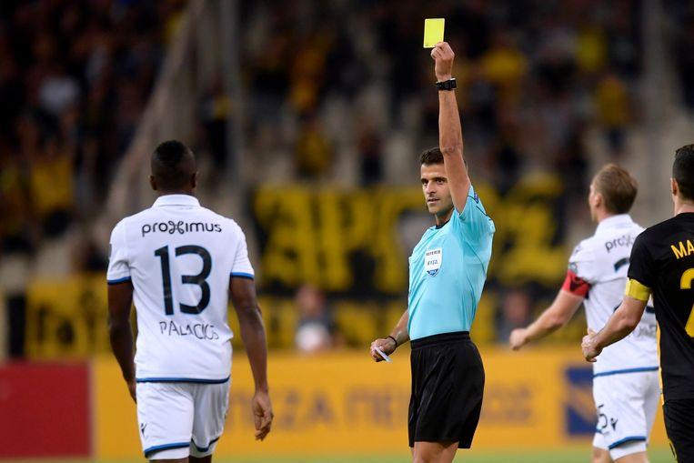 Manzano floot ook al de terugwedstrijd van de laatste voorronde voor de Europa League tussen AEK Athene en Club Brugge.