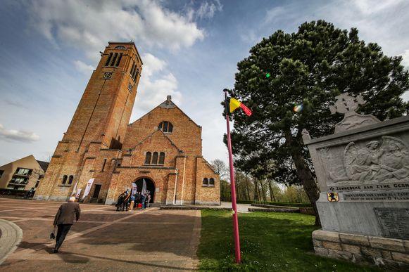 De Onze-Lieve-Vrouwekerk dateert uit 1921 en is de eerste modernistische kerk die in België na de Eerste Wereldoorlog werd gebouwd.
