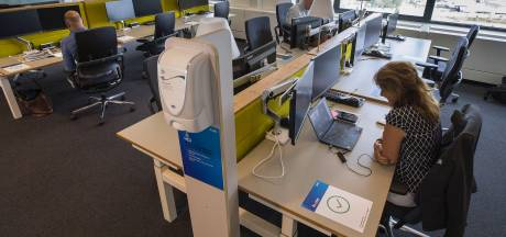 Waarom dit bedrijf nog dagelijks duizend mensen op kantoor laat werken