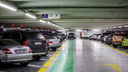 Brugge stelt bestuursakkoord voor: korting voor Bruggelingen in ondergrondse parkings