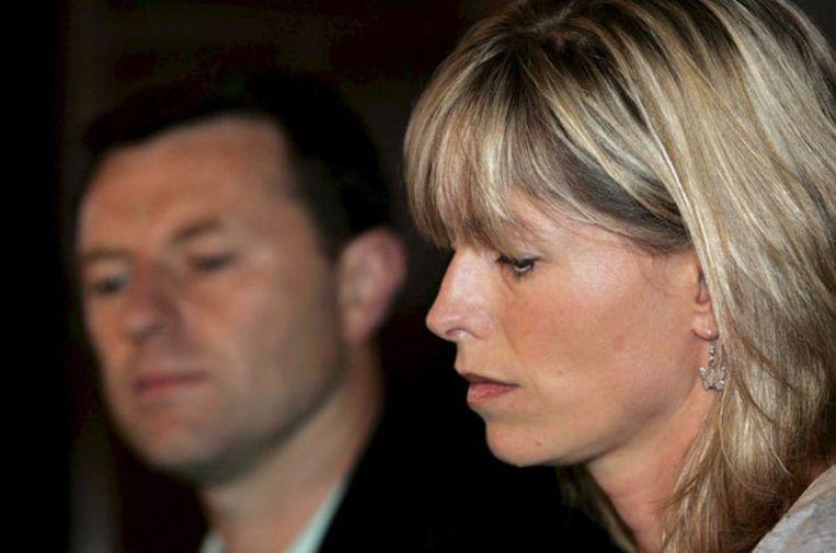 Inspecteur Amaral, die het onderzoek naar de verdwijning van Madeleine leidde, heeft een boek over de zaak geschreven. Op de foto: Gerry en Kate, de ouders van Madeleine McCann. EPA/Lee Sanders Beeld