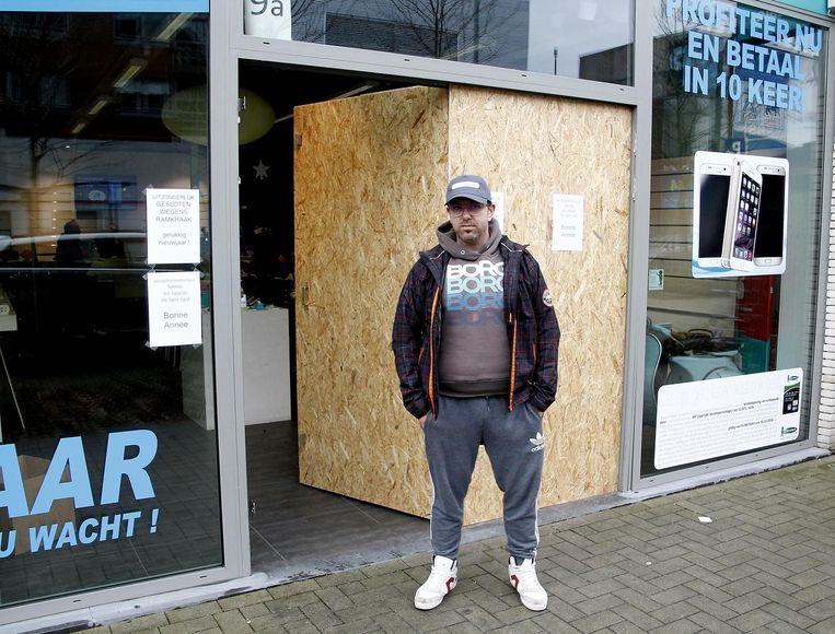 Bruno Van Der Haegen moest zijn zaak noodgedwongen sluiten na de ramkraak.