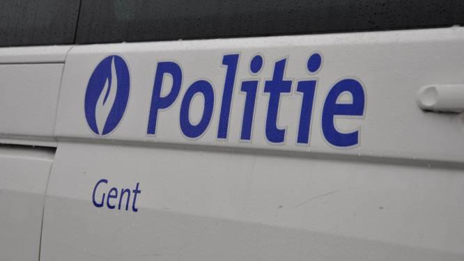 """Gentse politie verkiest hybride wagens boven elektrische: """"Geen tijd om op te laden"""""""