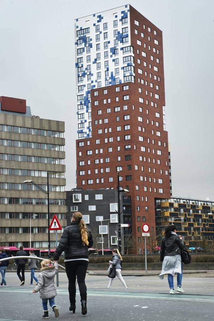 De 76 meter hoge Nimbustoren in Nijmegen. foto Bert Beelen/DG