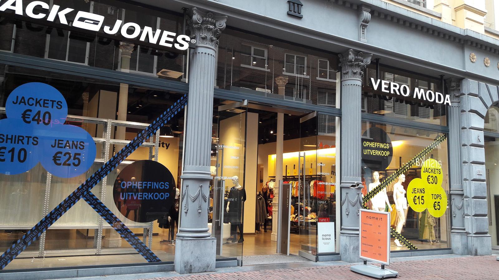 paras toimittaja kohtuullinen hinta hyvä myynti Vero Moda en Jack & Jones Arnhem sluiten binnenkort hun ...